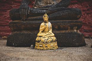 Statute bouddha durant notre voyage en famille en Thaïlande